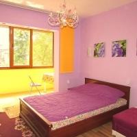 Луксозни стаи в центъра на Варна до Общината