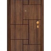 Българска блиндирана врата